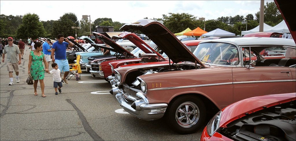 Annual Cops and Rodders Car Show